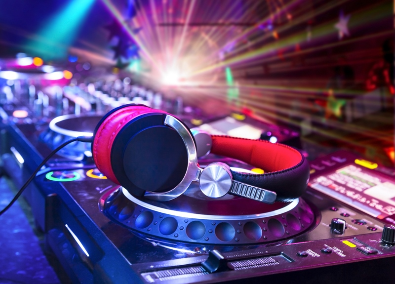 Northern Lights Entertainment represents the top DJs in the industry!